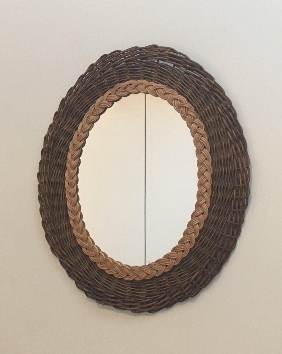 vintage spiegel mit rahmen aus geflochtenem rattan bei. Black Bedroom Furniture Sets. Home Design Ideas