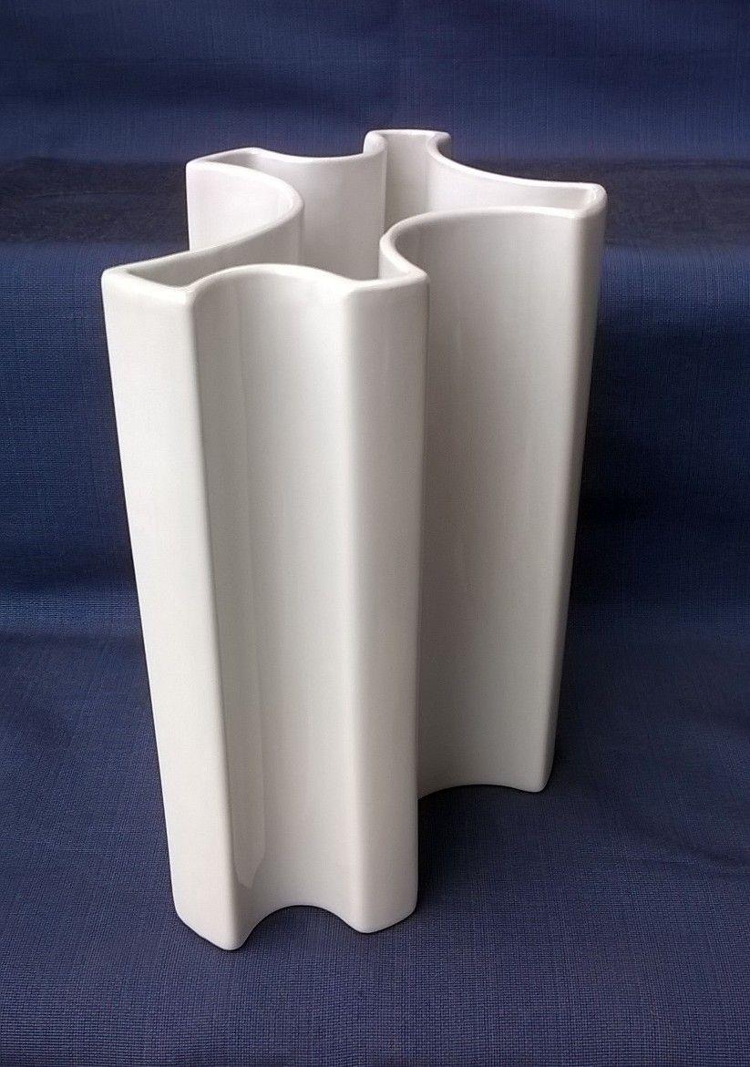 wei e vase von angelo mangiarotti f r brambilla 1960er. Black Bedroom Furniture Sets. Home Design Ideas