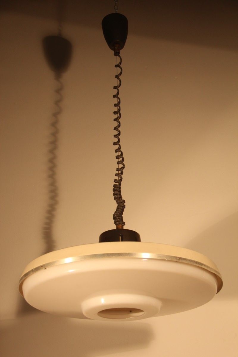 Deckenlampe aus aluminium messing perspex von stilnovo for Deckenlampe messing