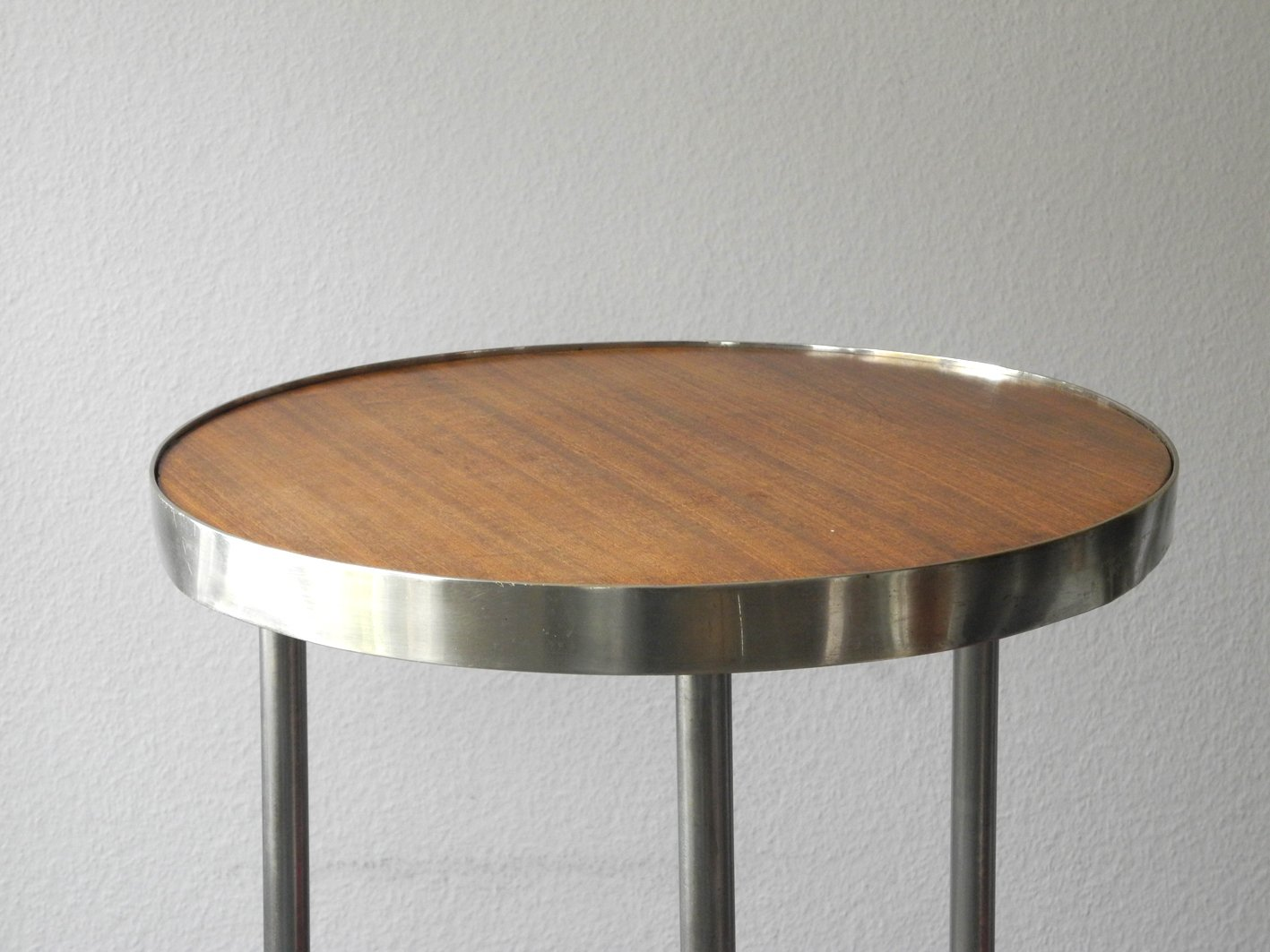 Mid Century Round Tubular Steel And Walnut Side Table 1950s For At Pamono