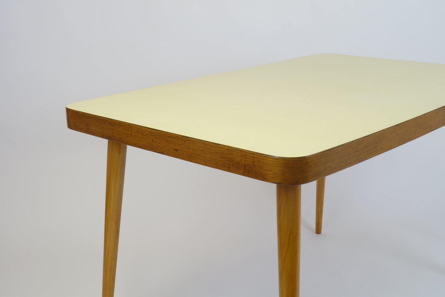 esstisch aus holz mit gelber tischplatte 1950er bei pamono kaufen. Black Bedroom Furniture Sets. Home Design Ideas