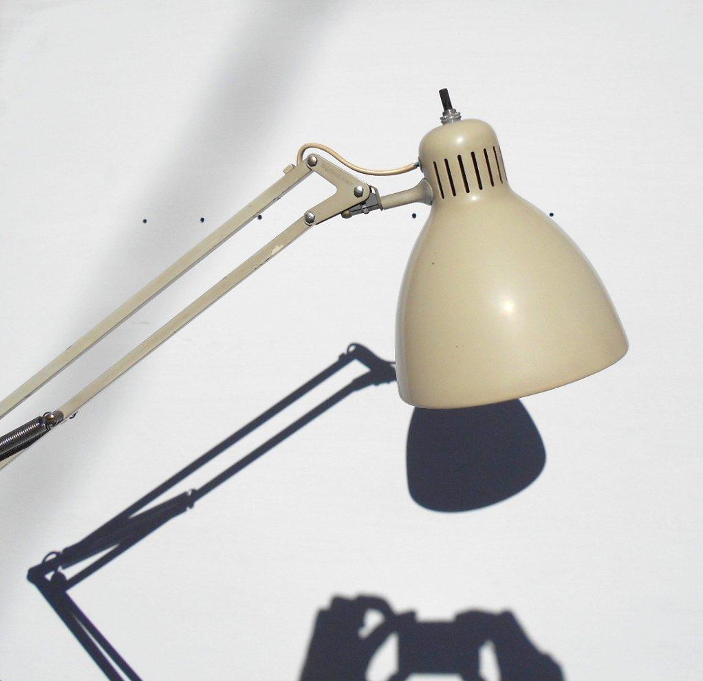 Lampada Da Tavolo Naska : Lampada da terra naska loris di arne jacobsen per luxo