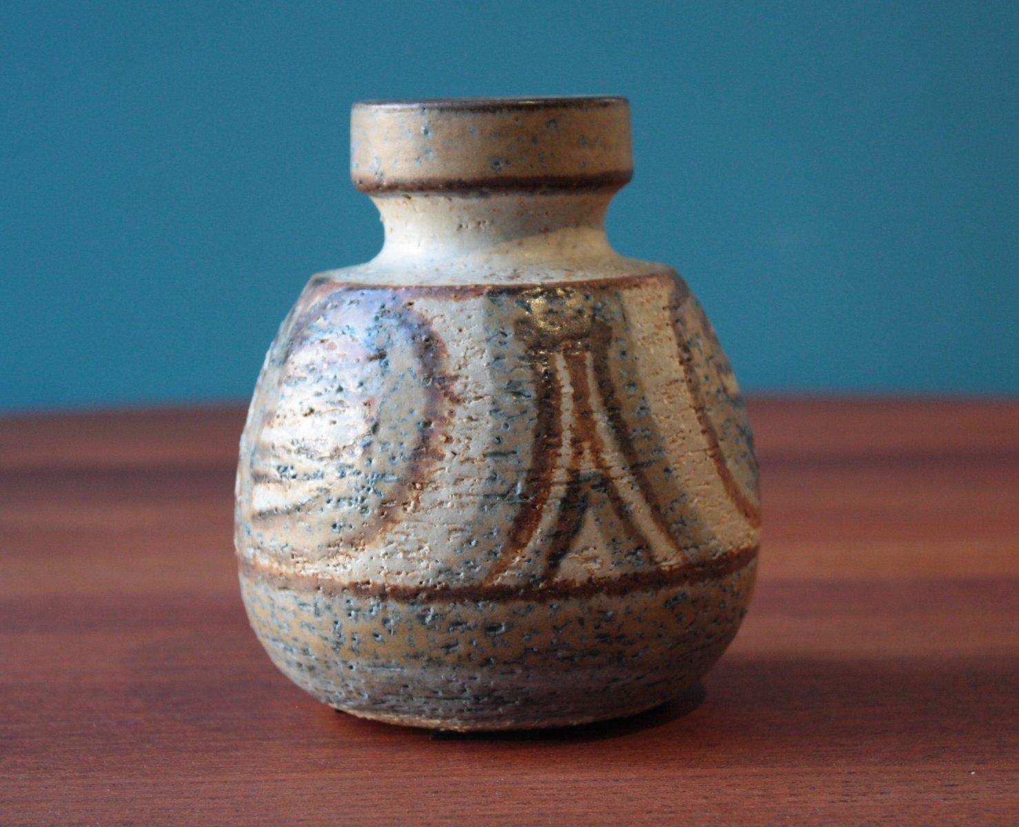 Small vintage ceramic vase by noomi backhausen for soholm stentoj small vintage ceramic vase by noomi backhausen for soholm stentoj denmark 1971 reviewsmspy