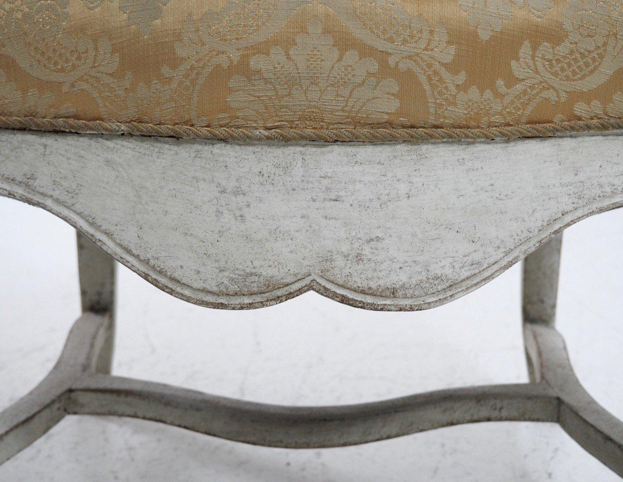 antiker skandinavischer sessel im rokoko stil bei pamono. Black Bedroom Furniture Sets. Home Design Ideas