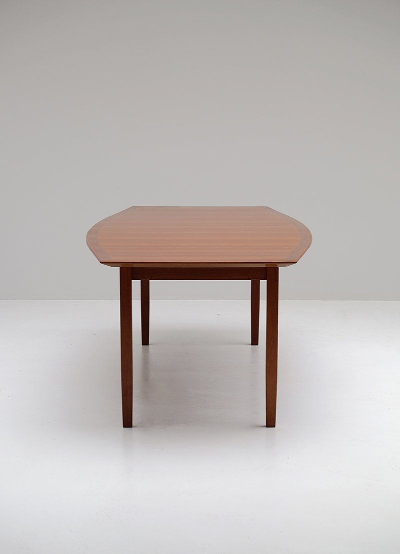 Charming Walnut Dining Table By Florence Knoll For Knoll Photo