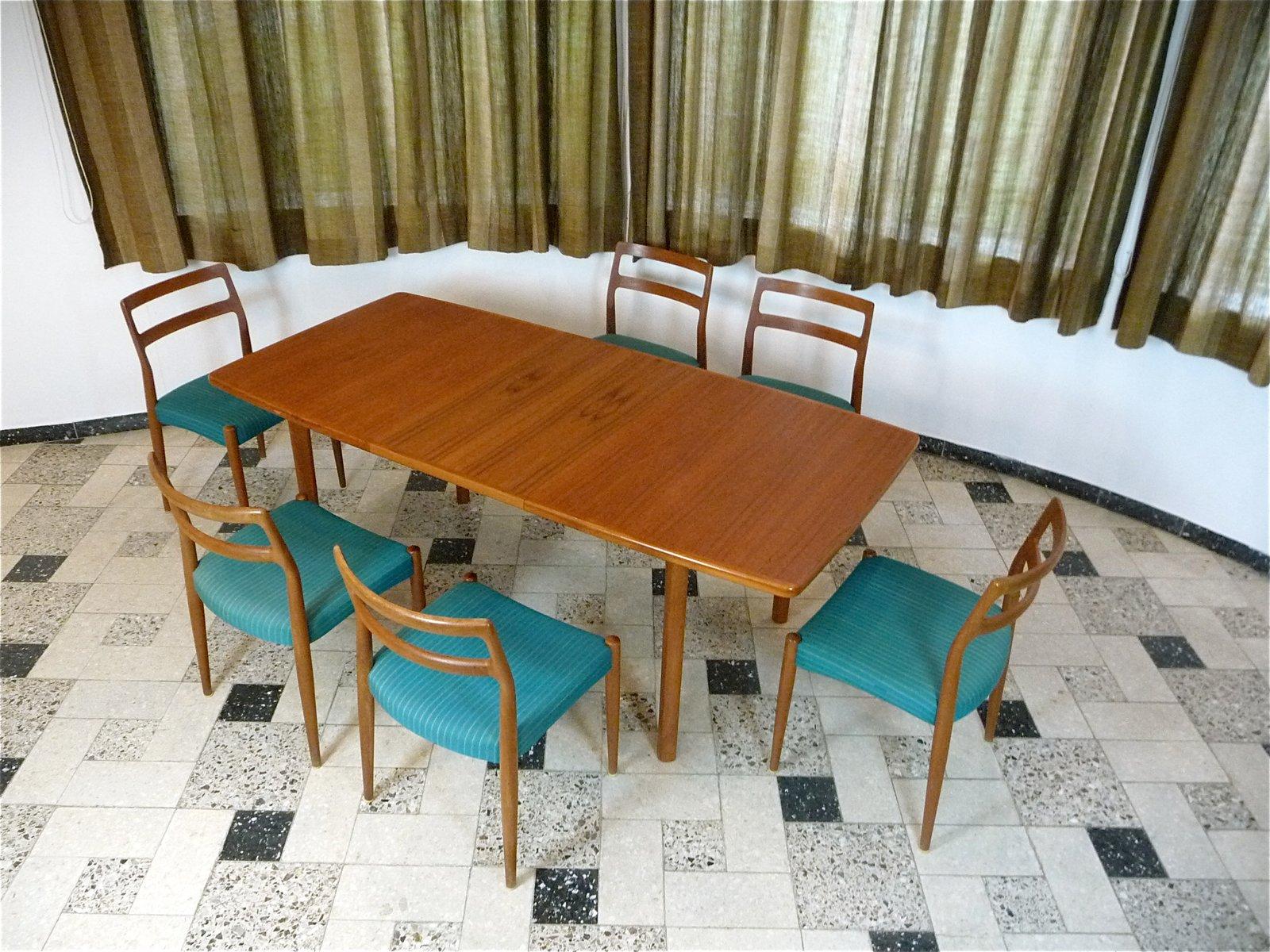 Danish Extending Teak Dining Table 1970s