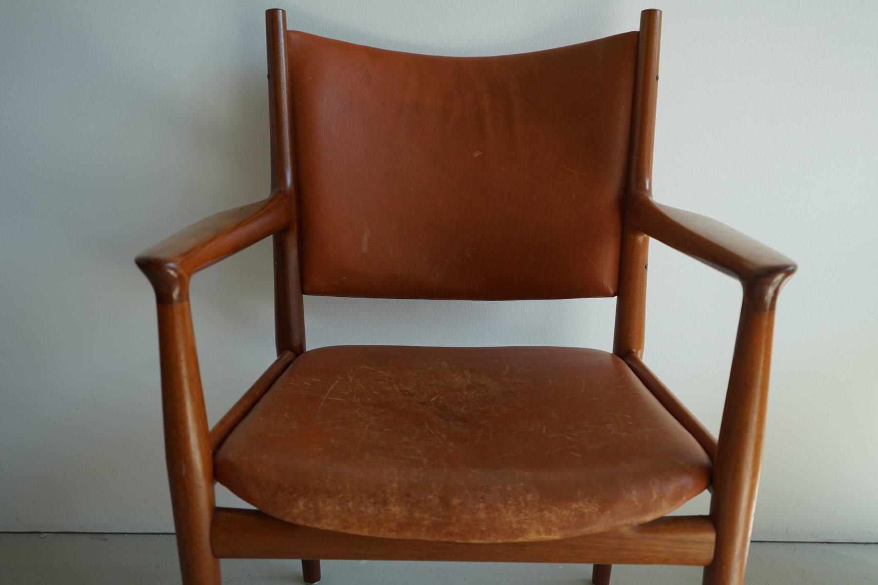 mid century jh 713 stuhl von hans wegner f r johannes. Black Bedroom Furniture Sets. Home Design Ideas