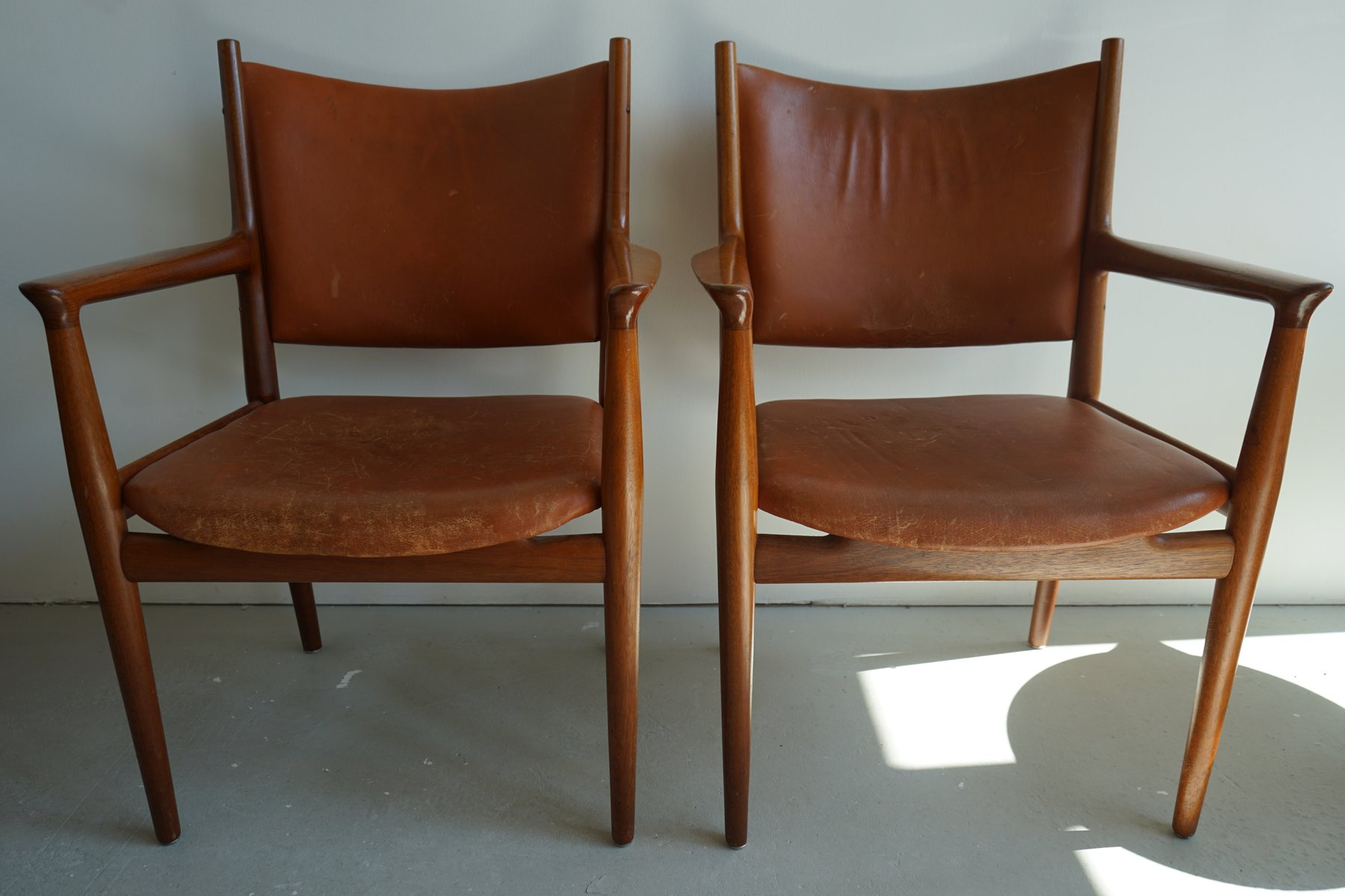 mid century jh 713 stuhl von hans wegner f r johannes. Black Bedroom Furniture Sets. Home Design Ideas