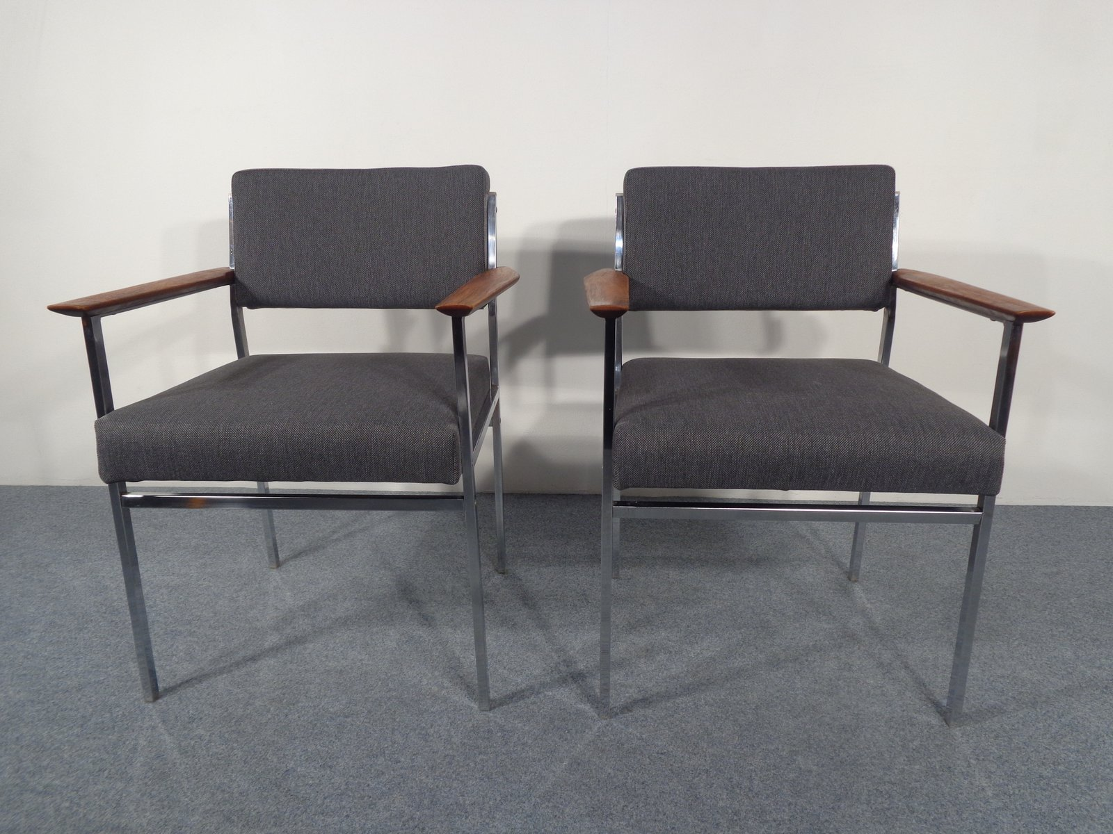 Vintage Square Tubular Steel Armchairs Set of 2 for sale at Pamono