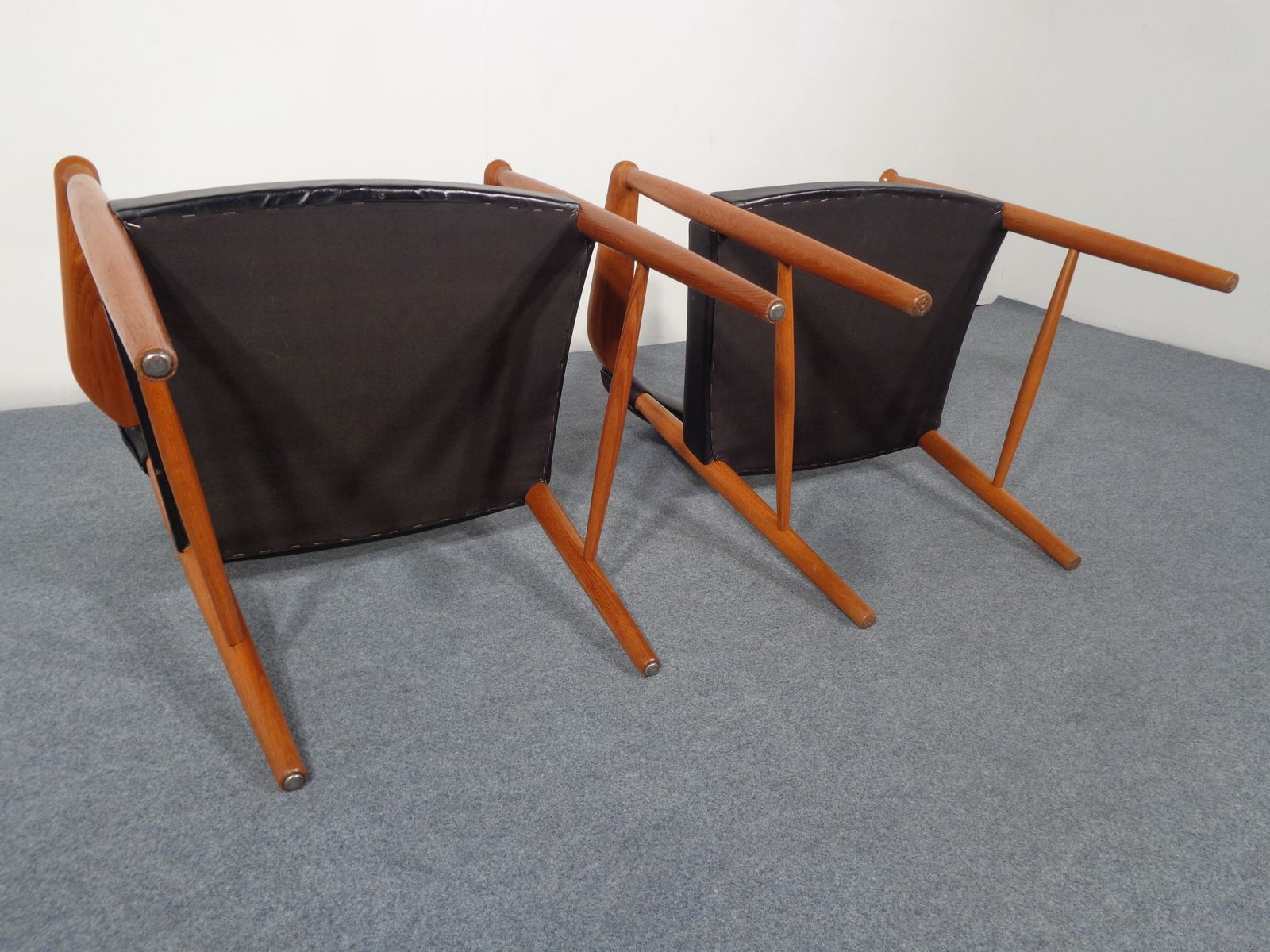 d nische vintage leder teak armlehnst hle 2er set bei. Black Bedroom Furniture Sets. Home Design Ideas