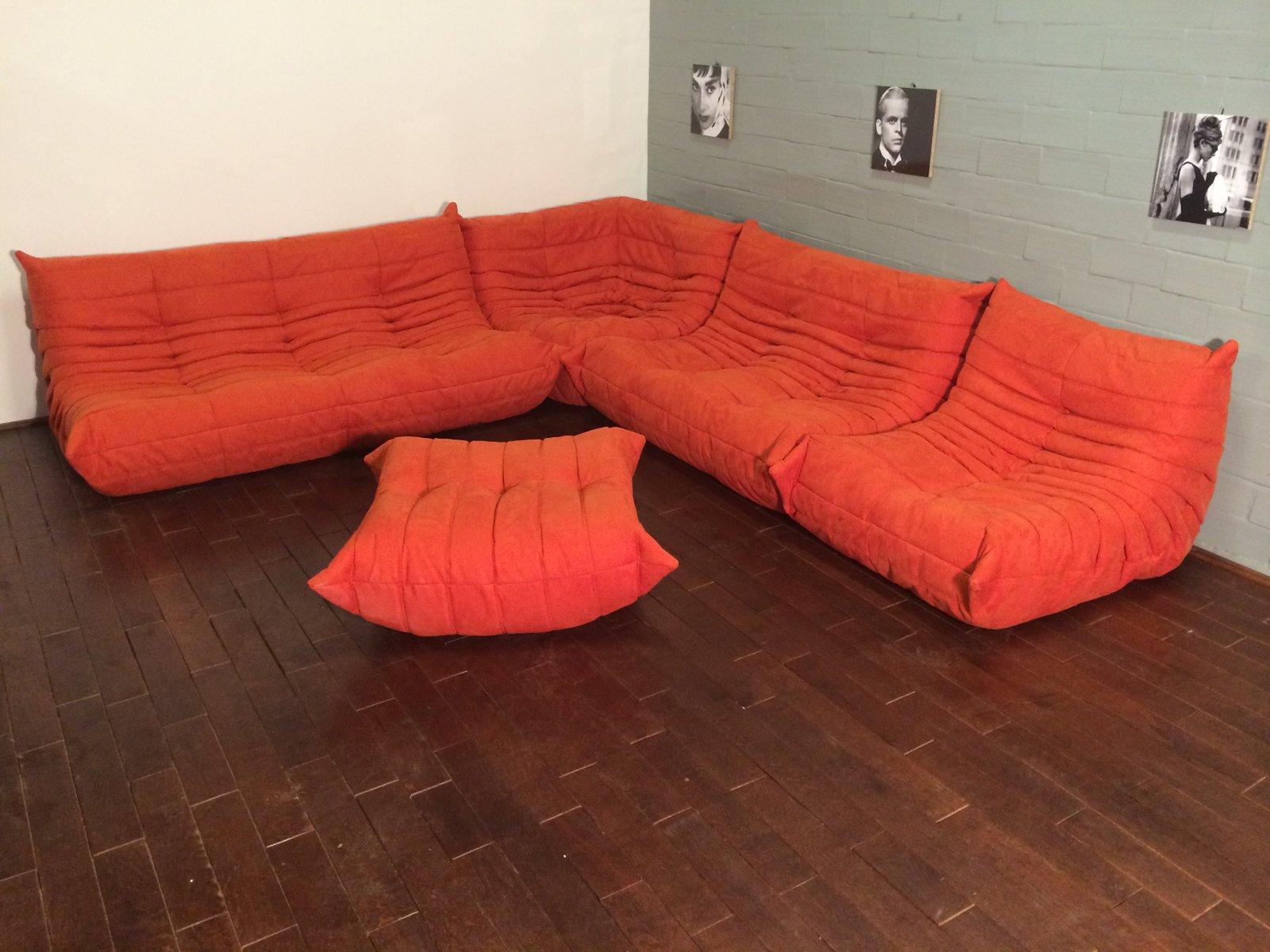 set de canap togo orange en microfibre par michel ducaroy. Black Bedroom Furniture Sets. Home Design Ideas