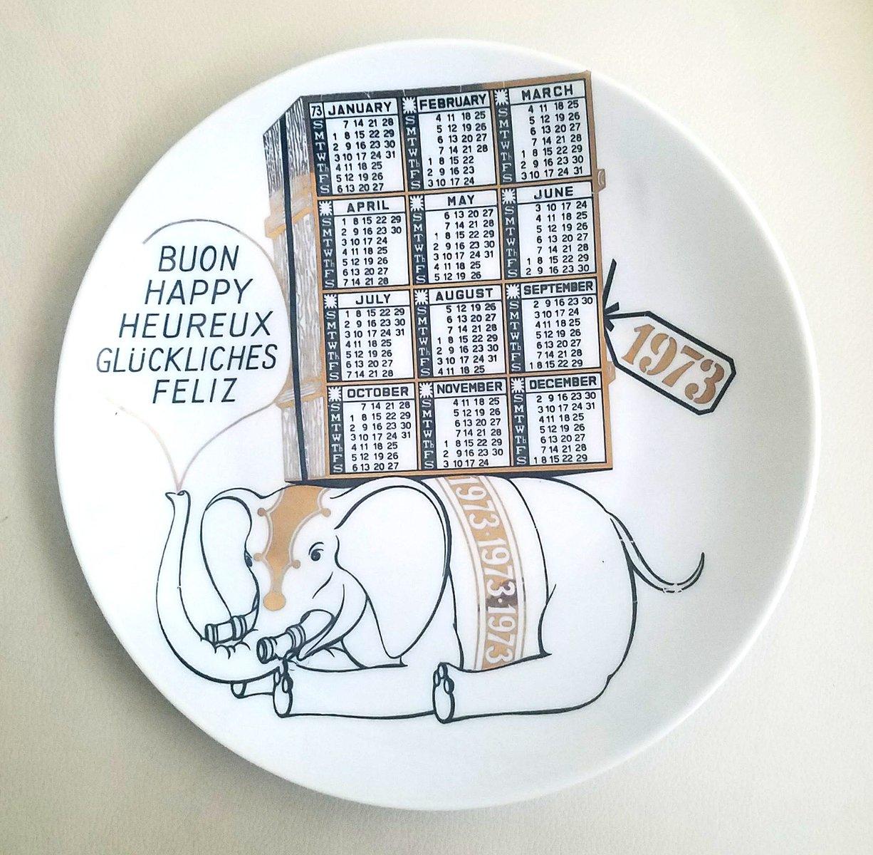 jahr 1973 porzellan kalender teller von piero fornasetti bei pamono kaufen. Black Bedroom Furniture Sets. Home Design Ideas