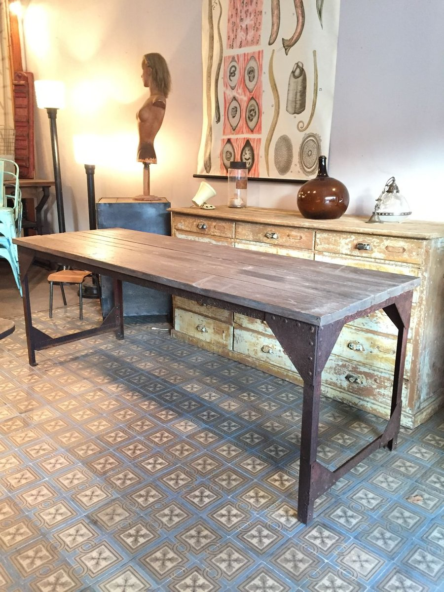 French Industrial Wood \u0026 Metal Dining Table & French Industrial Wood \u0026 Metal Dining Table for sale at Pamono