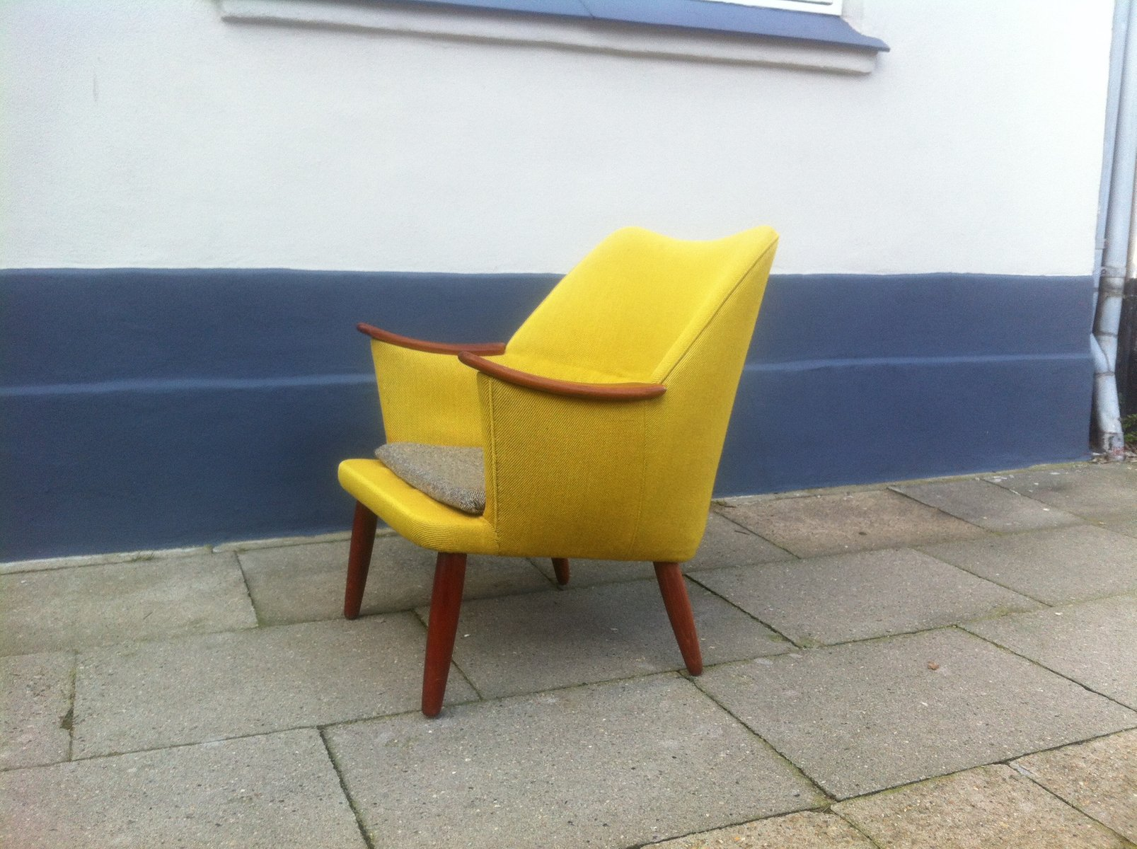 Danish Mid Century Modern Easy Chair In Yellow Wool With Teak Accents, 1950s