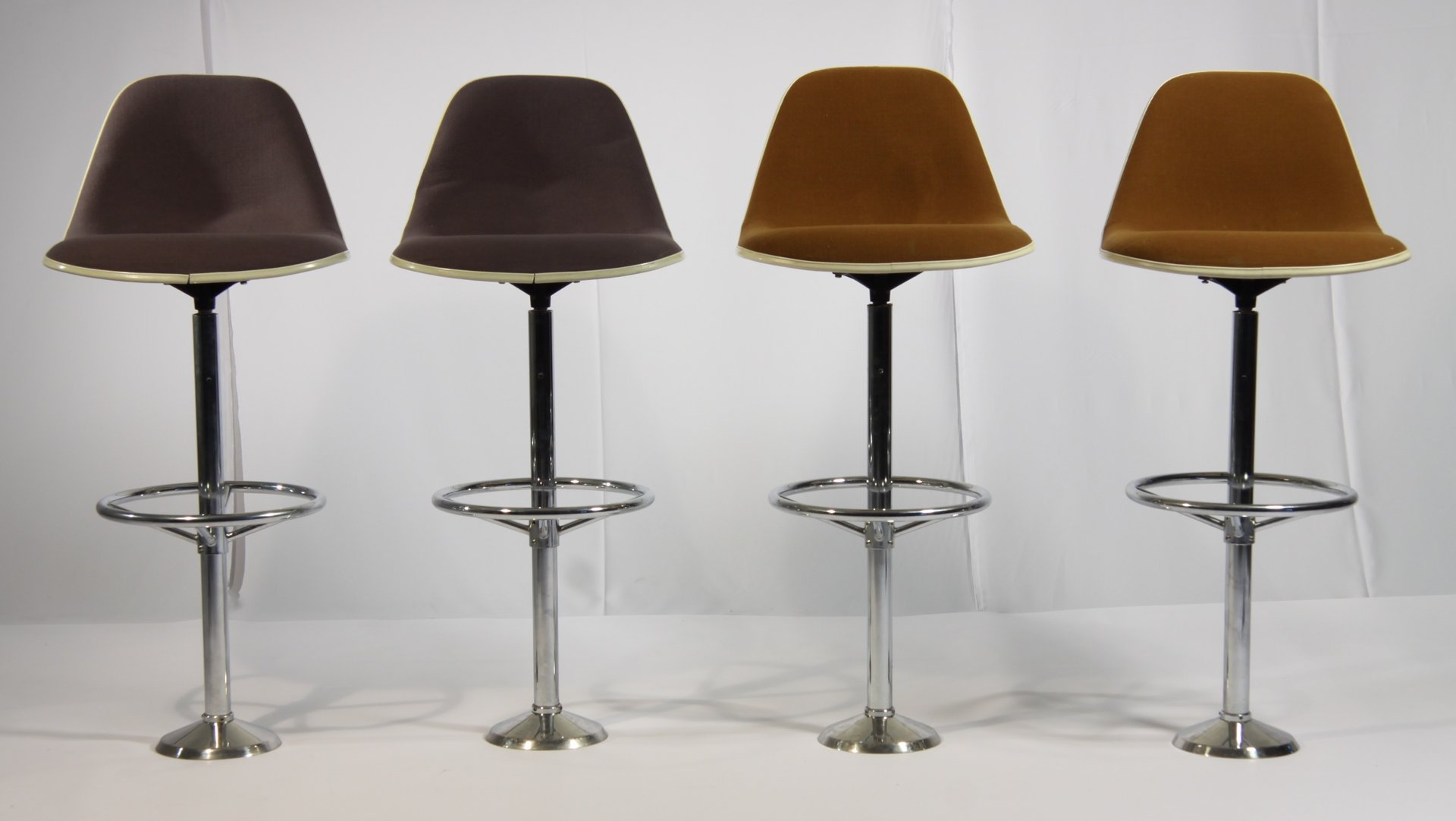 vintage bar stools by ray charles eames for herman miller set of 4 - Vintage Bar Stools
