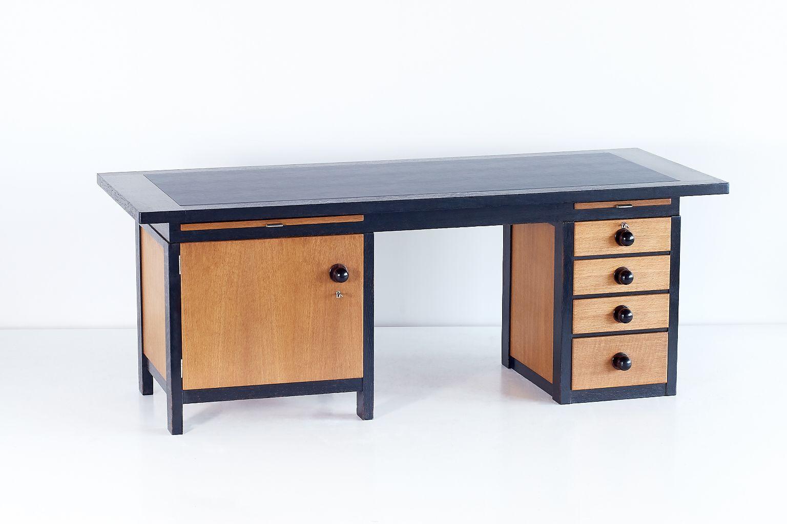 architekten schreibtisch von frits spanjaard 1932 bei. Black Bedroom Furniture Sets. Home Design Ideas