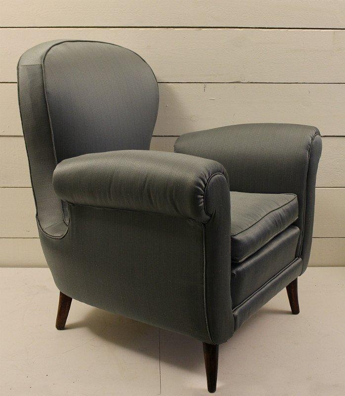 italienische sessel aus blauem satin 1950er 2er set bei pamono kaufen. Black Bedroom Furniture Sets. Home Design Ideas