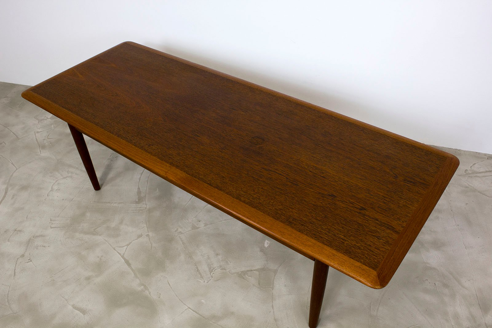 Danish modern teak coffee table 1960s for sale at pamono for Modern coffee table sale