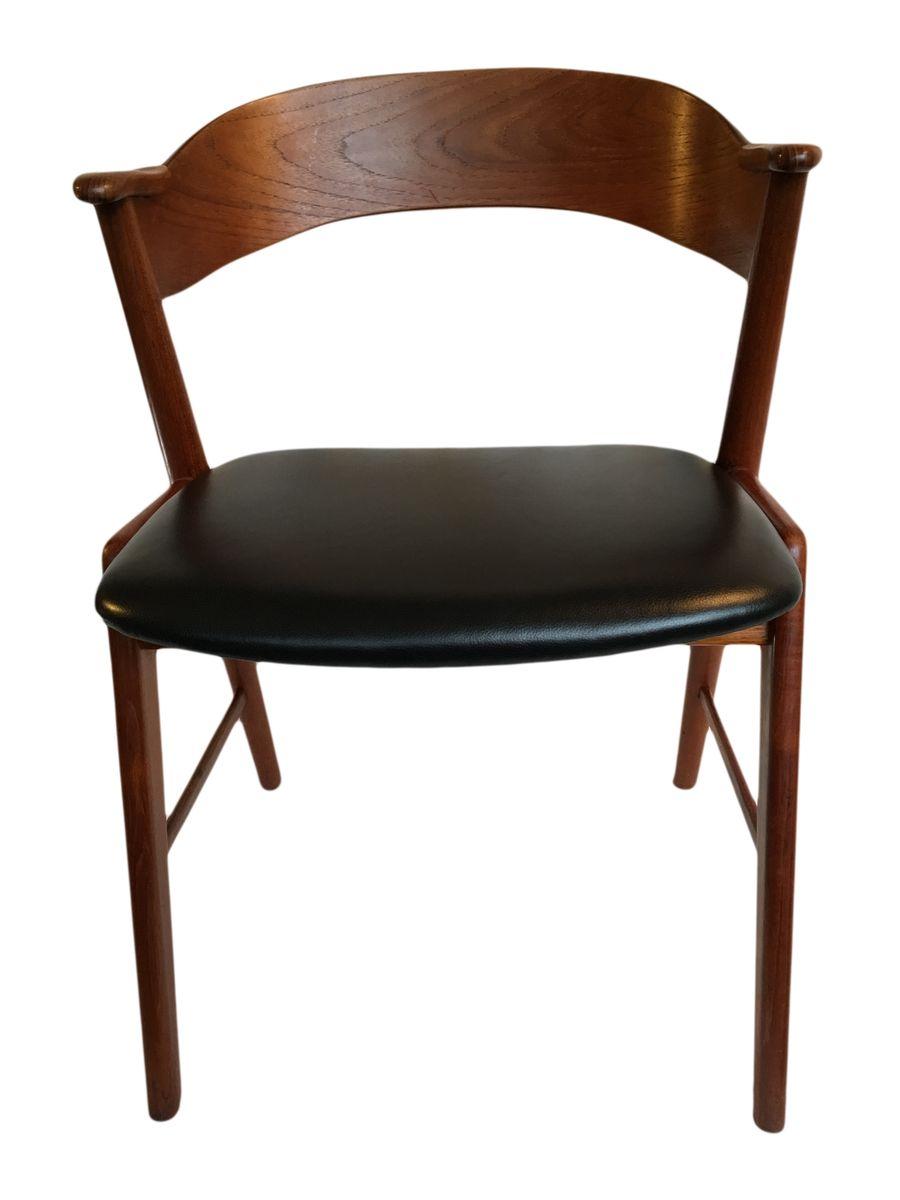 vintage esszimmerst hle aus teak schwarzem leder von kai kristiansen f r schou anderson 4er. Black Bedroom Furniture Sets. Home Design Ideas