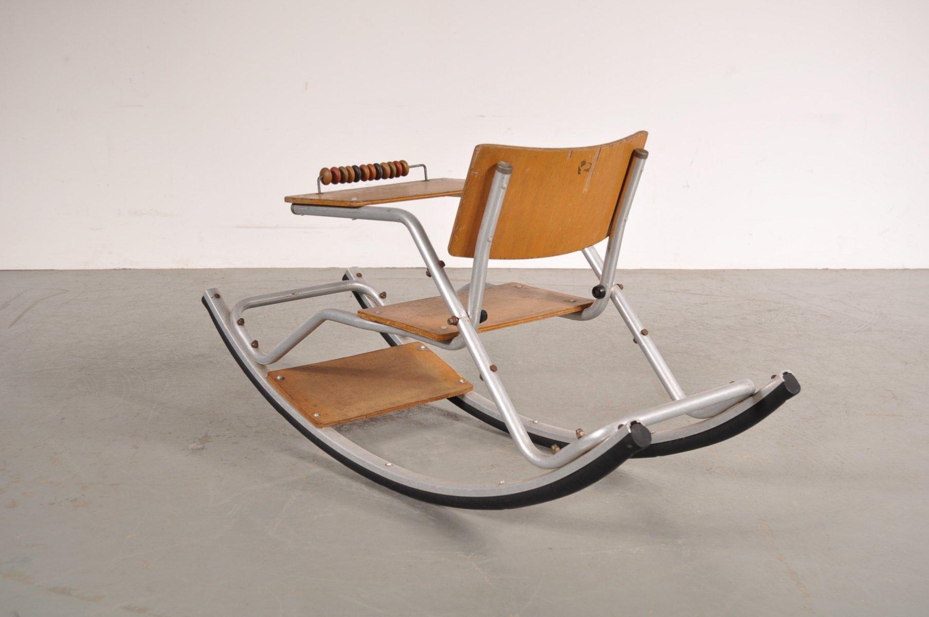 kinder schaukelstuhl auf aluminium gestell 1950er bei pamono kaufen. Black Bedroom Furniture Sets. Home Design Ideas