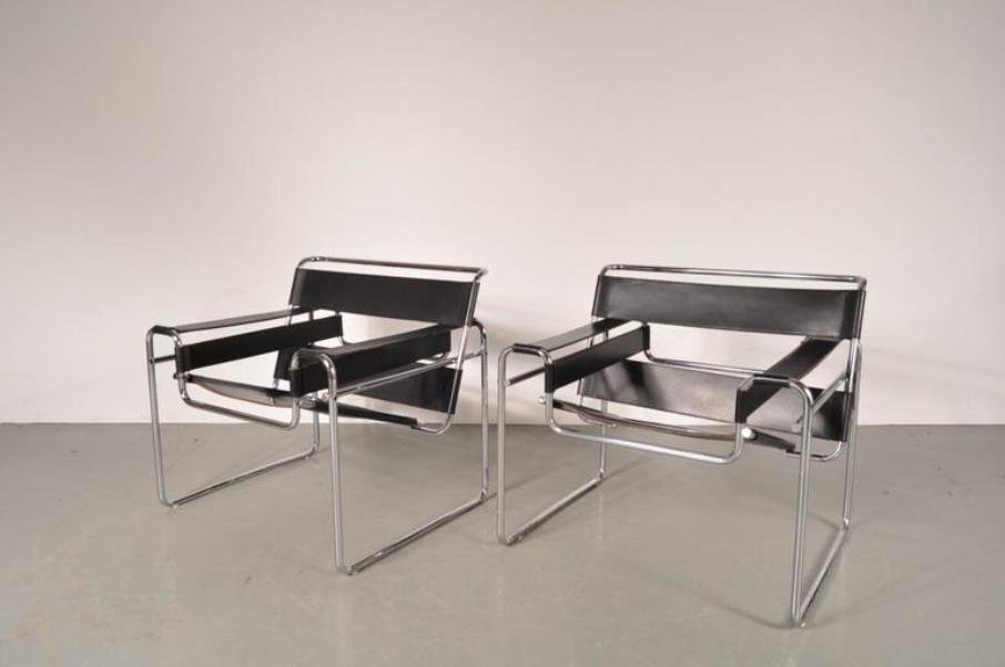 wassily sessel aus leder stahl von marcel breuer f r. Black Bedroom Furniture Sets. Home Design Ideas