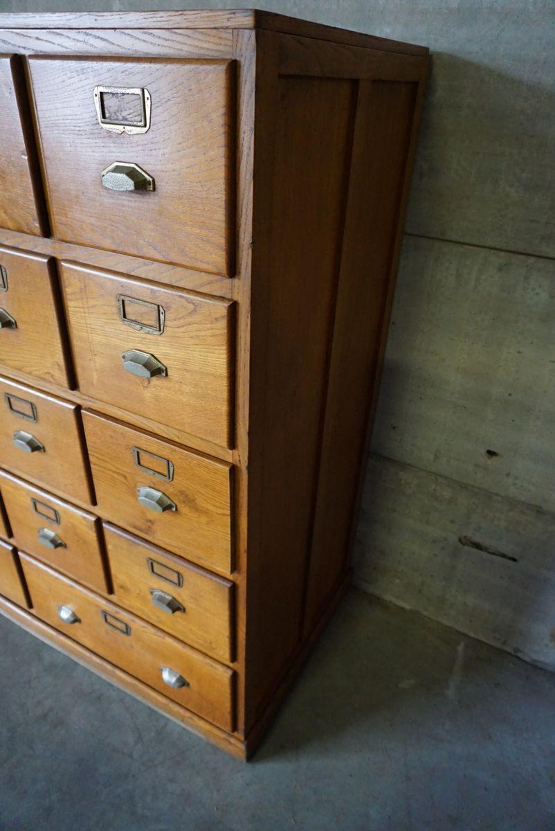 meuble d 39 apothicaire vintage en ch ne avec armement en. Black Bedroom Furniture Sets. Home Design Ideas