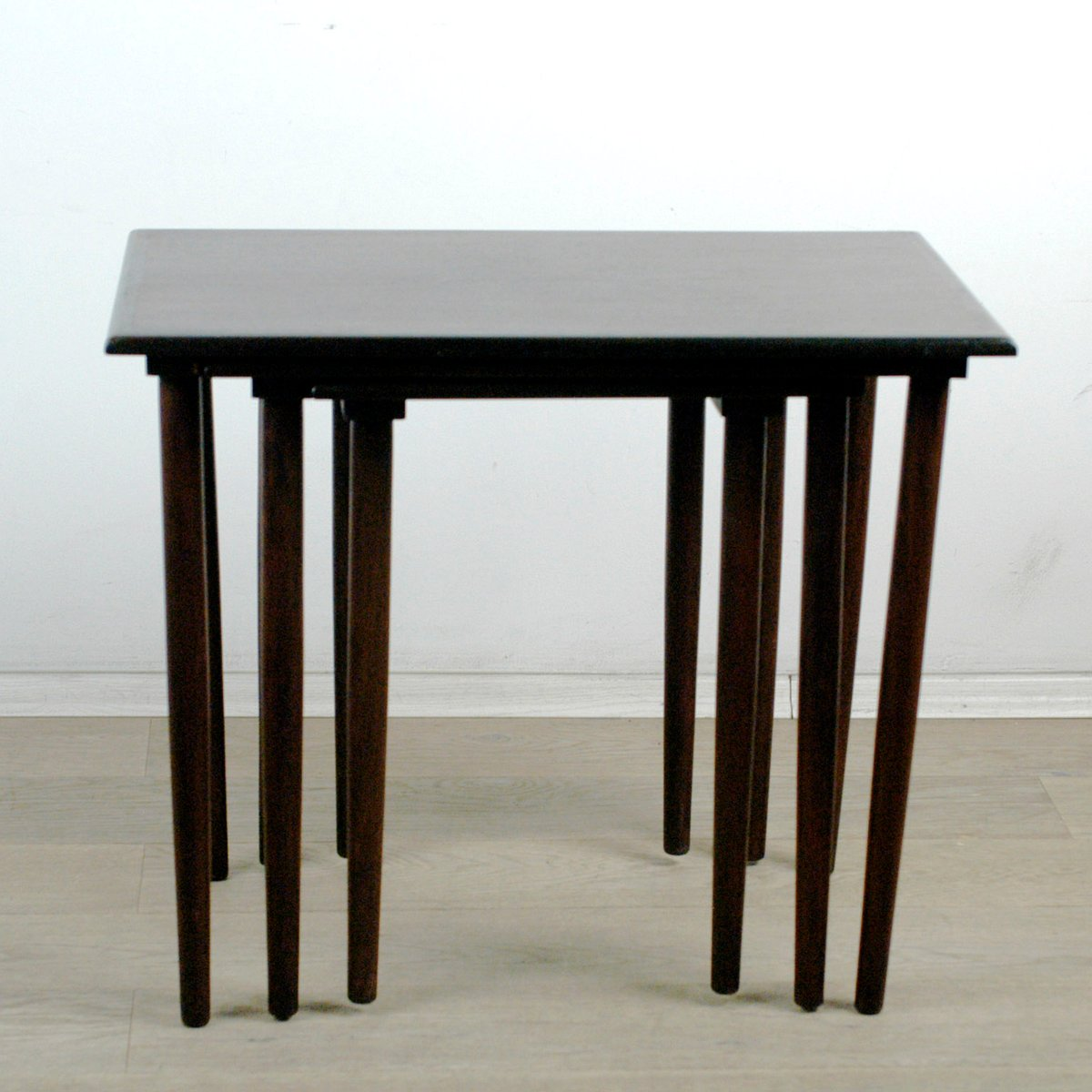 & Danish Modern Rosewood Nesting Tables Set of 3 for sale at Pamono