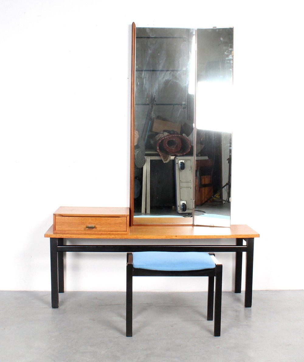 Captivating Vintage Dressing Table With Mirror And Stool