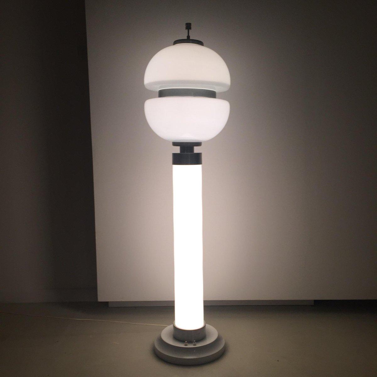 italienische opalglas stehlampe 1960er bei pamono kaufen. Black Bedroom Furniture Sets. Home Design Ideas