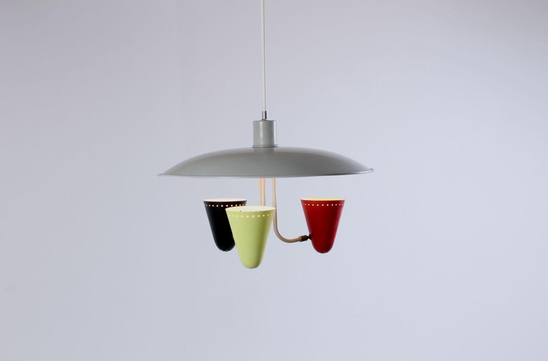 h ngelampe mit drei bunten lampenschirmen von h busquet f r hala bei pamono kaufen. Black Bedroom Furniture Sets. Home Design Ideas