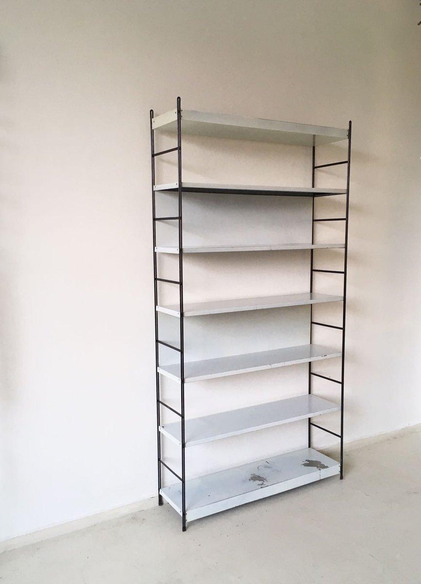 mid century metall b cherregal 1960er bei pamono kaufen. Black Bedroom Furniture Sets. Home Design Ideas