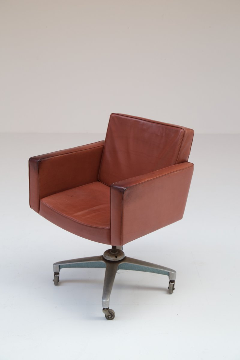 Vintage Executive Chair By Vincent Cafiero For Knoll