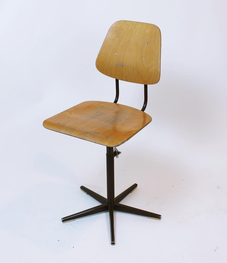 chaise d colier vintage. Black Bedroom Furniture Sets. Home Design Ideas