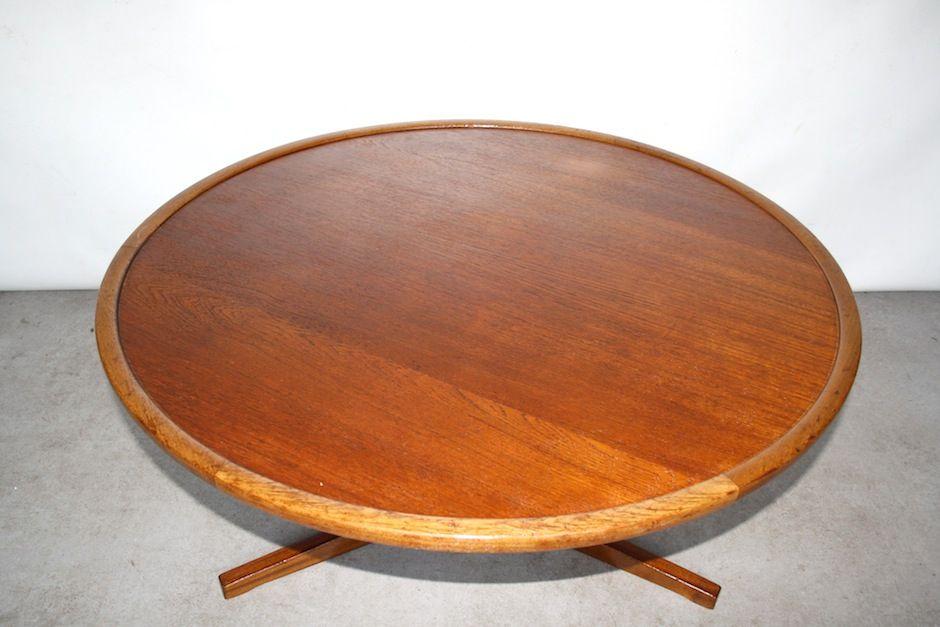 table basse vintage ronde en teck et en m tal par martin. Black Bedroom Furniture Sets. Home Design Ideas
