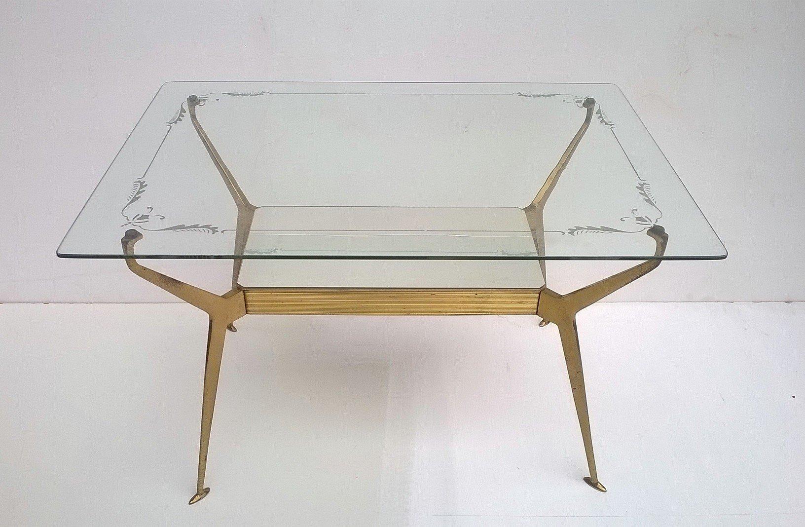 table basse en verre et en laiton italie 1950s en vente sur pamono. Black Bedroom Furniture Sets. Home Design Ideas
