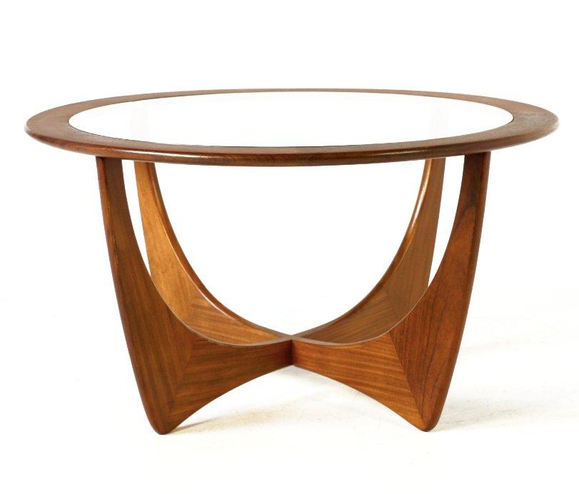 table basse ronde astro en teck par victor wilkins pour g plan 1960s en vente sur pamono. Black Bedroom Furniture Sets. Home Design Ideas