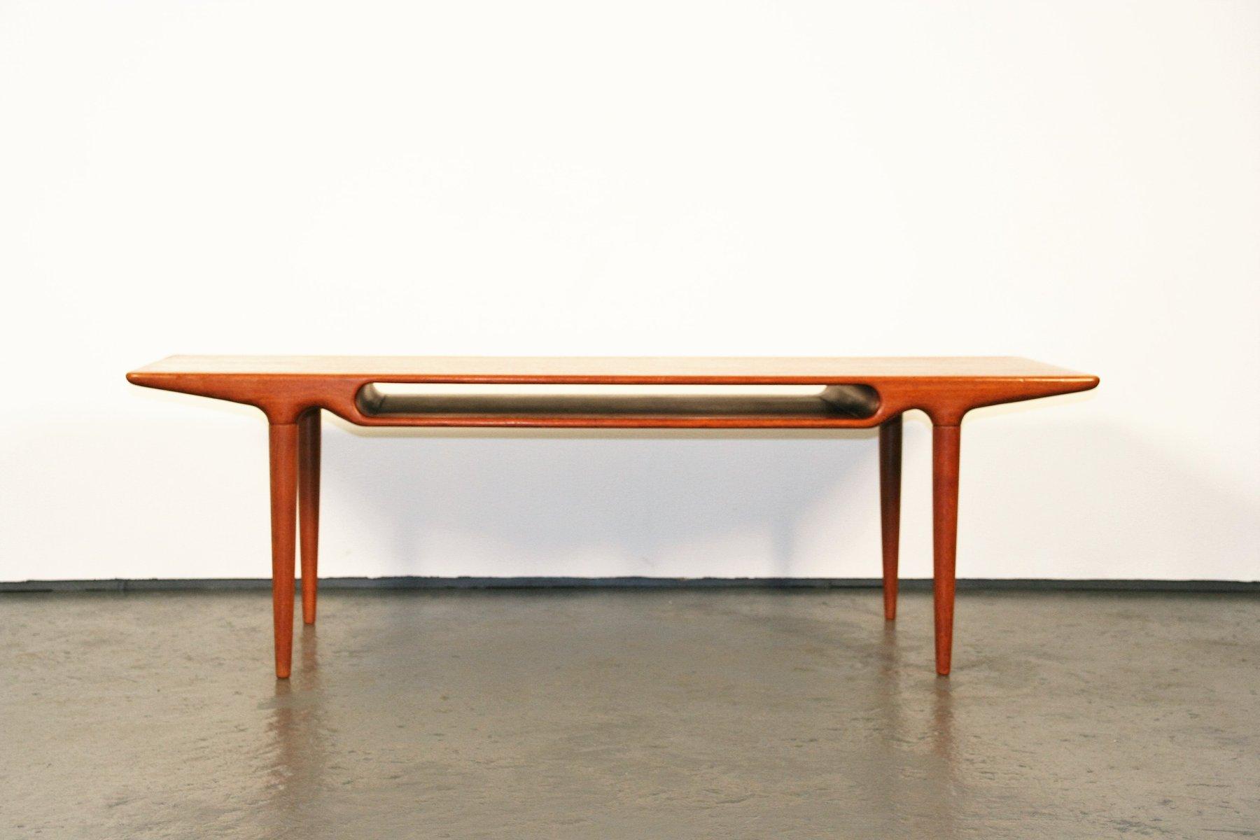 table-basse-en-teck-par-johannes-andersen-pour-c-f-c-silkeborg-1 Incroyable De Table Basse Gigogne Vintage Des Idées