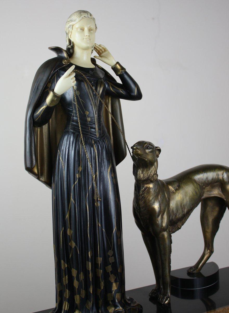 Large french art deco spelter figure by menneville et for Journal art et decoration