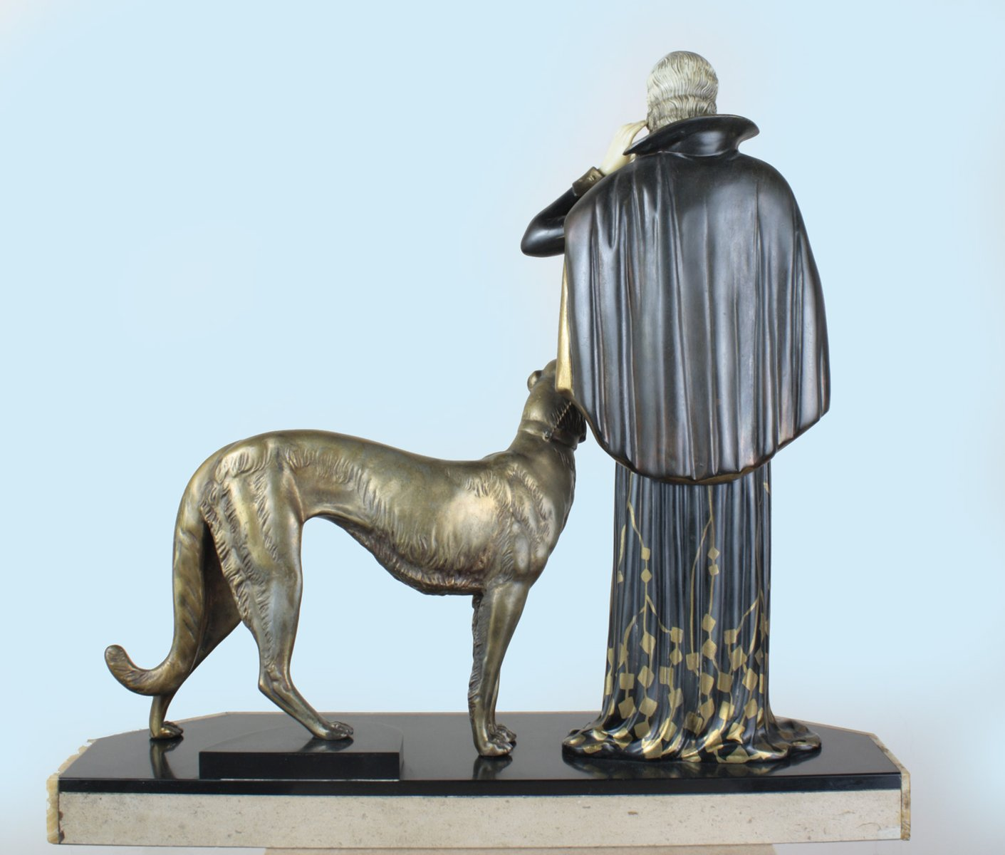 Large french art deco spelter figure by menneville et for Art et decoration