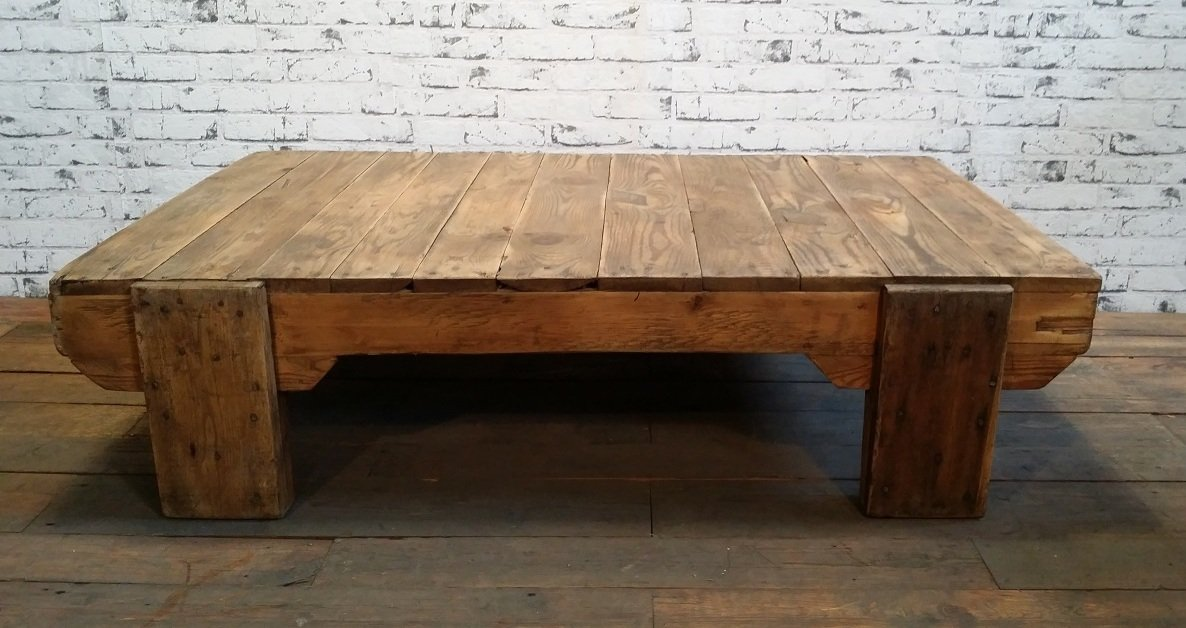 vintage industrial wooden coffee table bei pamono kaufen. Black Bedroom Furniture Sets. Home Design Ideas