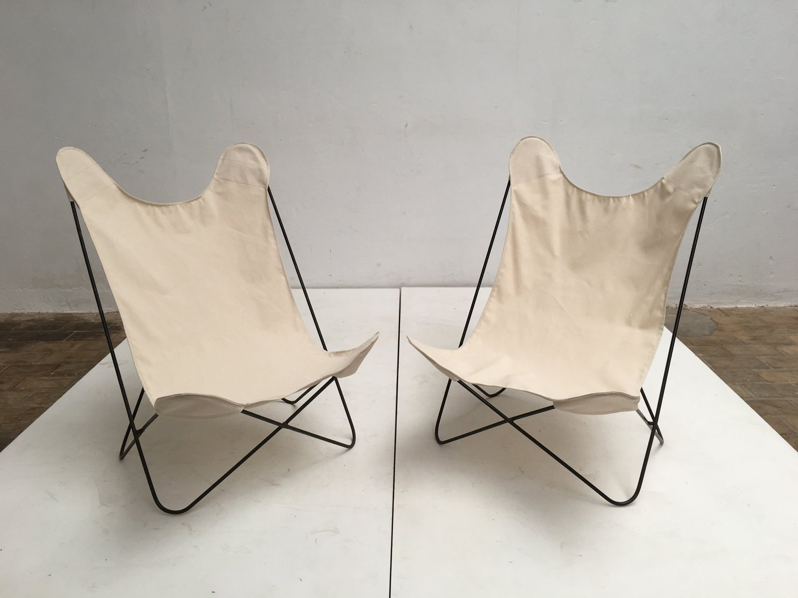 Butterfly Chairs with Canvas Seats by Jorge Ferrari Hardoy, 1960s ...