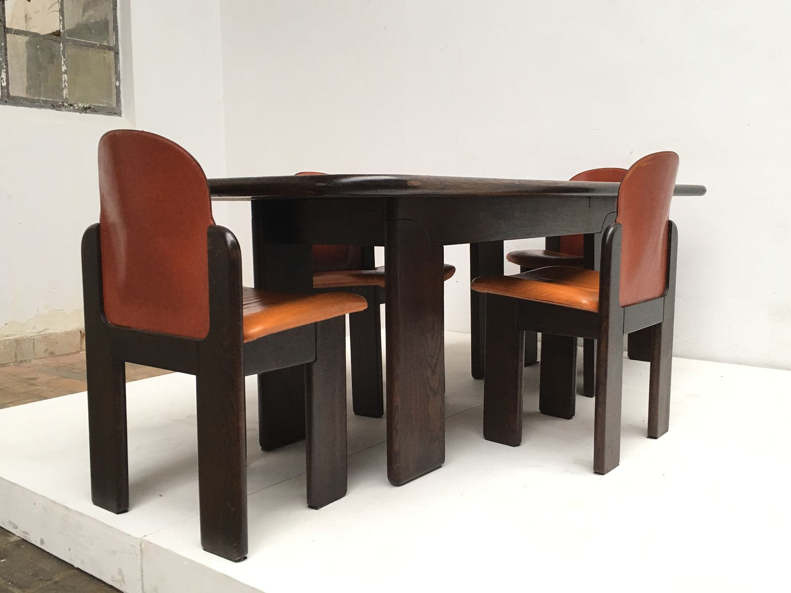 solid wood leather dining set 1970s for sale at pamono. Black Bedroom Furniture Sets. Home Design Ideas