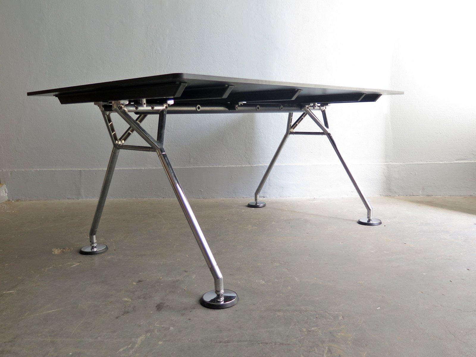 Nomos Table By Norman Foster For Tecno 1987 En Venta En Pamono # Muebles Norman Foster