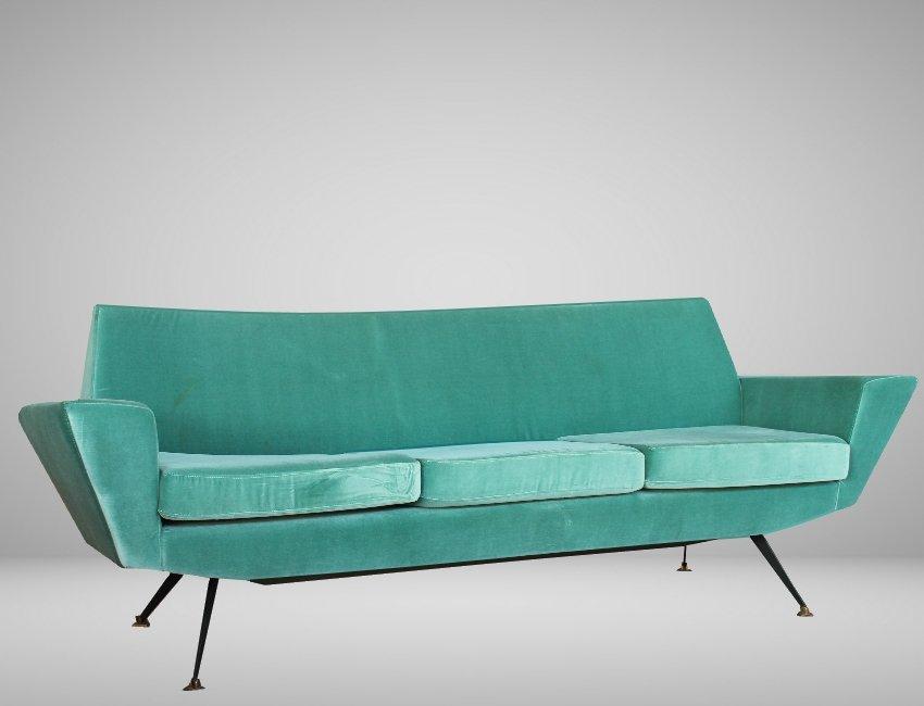 italienisches mid century aquamarin sofa aus samt 1960er bei pamono kaufen. Black Bedroom Furniture Sets. Home Design Ideas