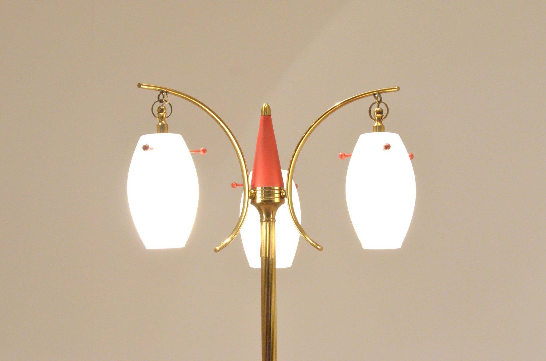 italienische mid century stehlampe aus opalglas messing bei pamono kaufen. Black Bedroom Furniture Sets. Home Design Ideas