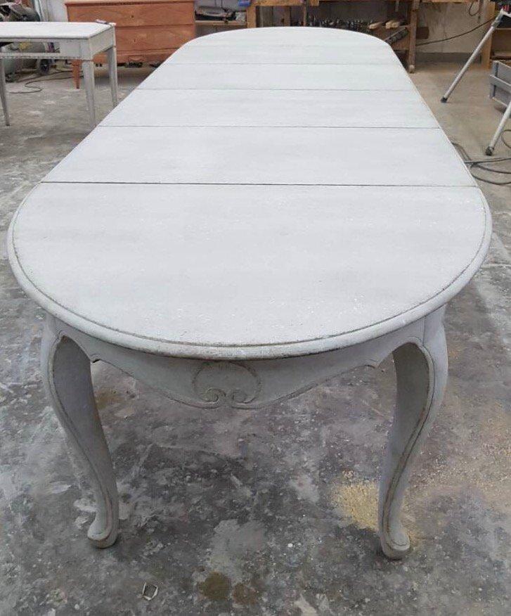 antiker ausziehbarer rokoko tisch bei pamono kaufen. Black Bedroom Furniture Sets. Home Design Ideas