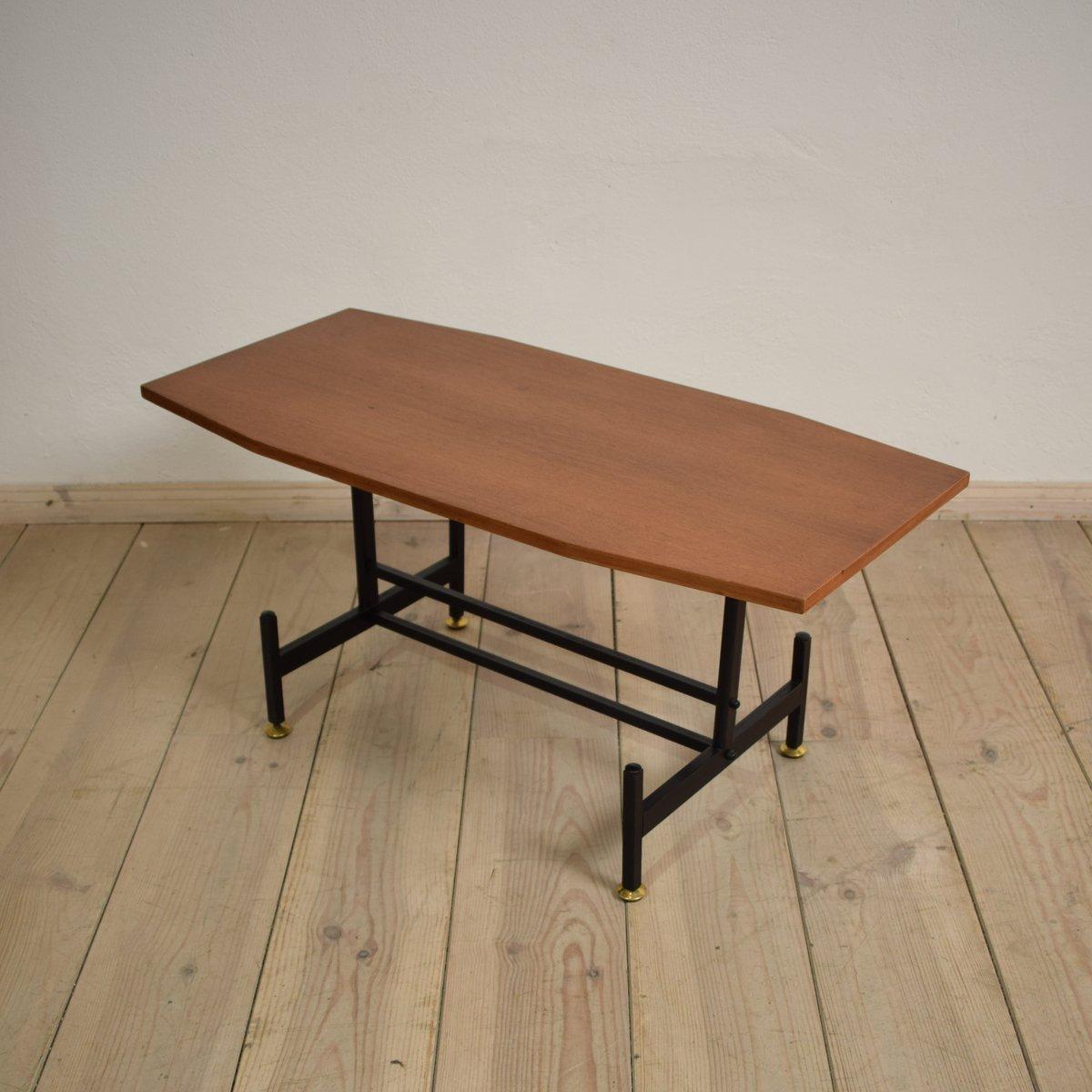 italienischer teak beistelltisch 1970er bei pamono kaufen. Black Bedroom Furniture Sets. Home Design Ideas
