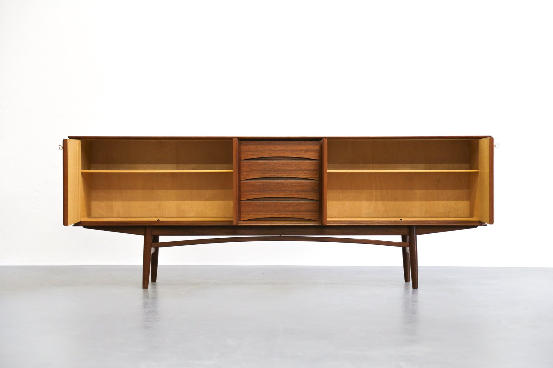 Scandinavian teak sideboard by rastad relling for gustav for Sideboard scandi