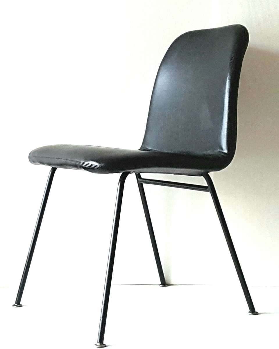 italienische leder und lackierte stahl st hle 1960er 6er set bei pamono kaufen. Black Bedroom Furniture Sets. Home Design Ideas