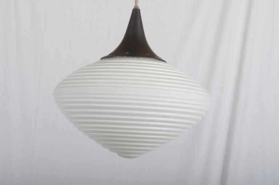 gro er opalglas h ngelampe bei pamono kaufen. Black Bedroom Furniture Sets. Home Design Ideas